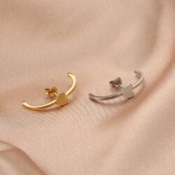 Love earcuff goud