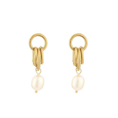 Pearl drop oorbellen