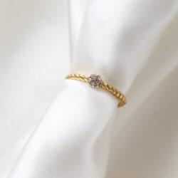 twisted ring met steentjes